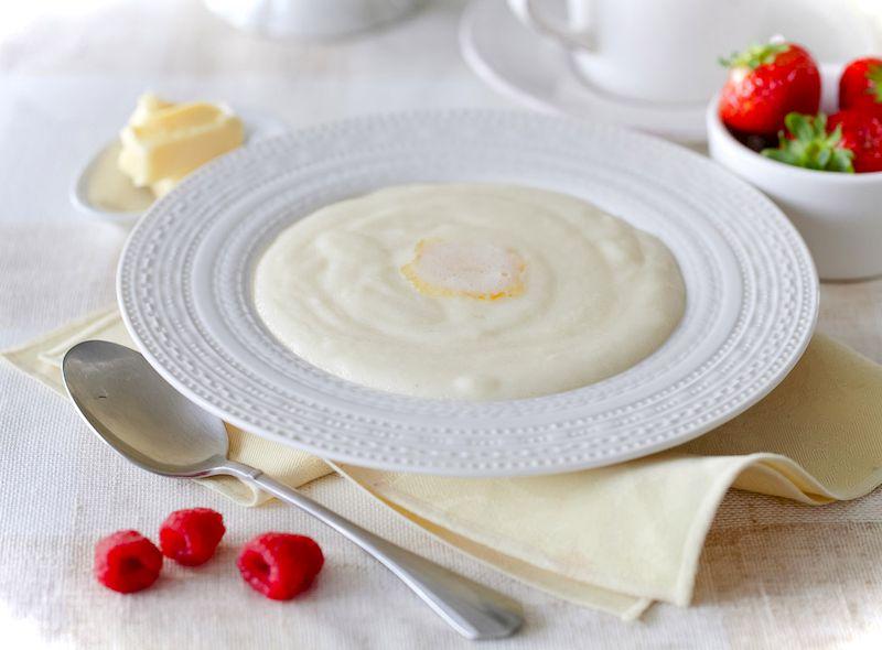 Сколько калорий в тарелке манной каши на молоке